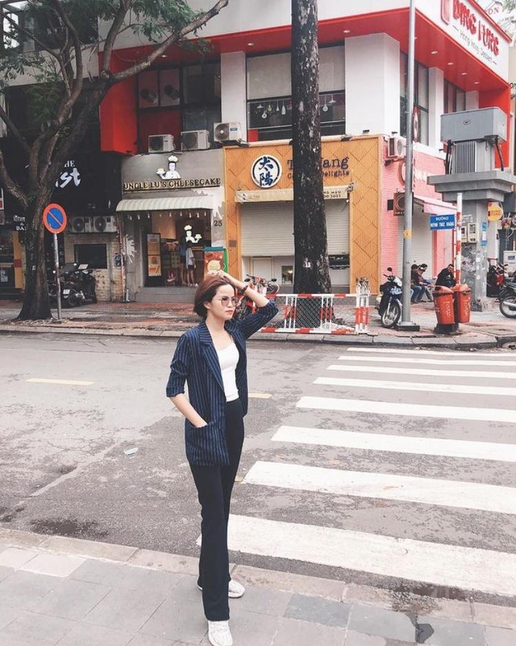 Bí kíp 'xịn mịn' thỏa sức du lịch Sài Gòn mùa mưa - 1