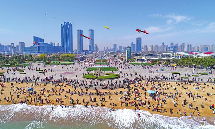 Trung Quốc: Hơn 200 triệu chuyến đi đã được đặt dịp nghỉ lễ 1/5 - 1