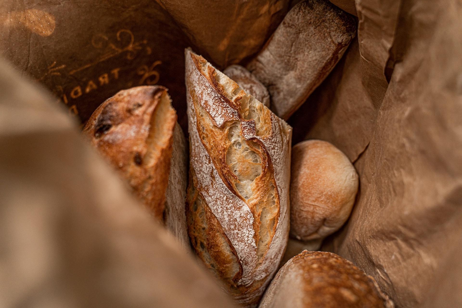Bí mật món bánh mì gây nghiện ở Pháp - 1