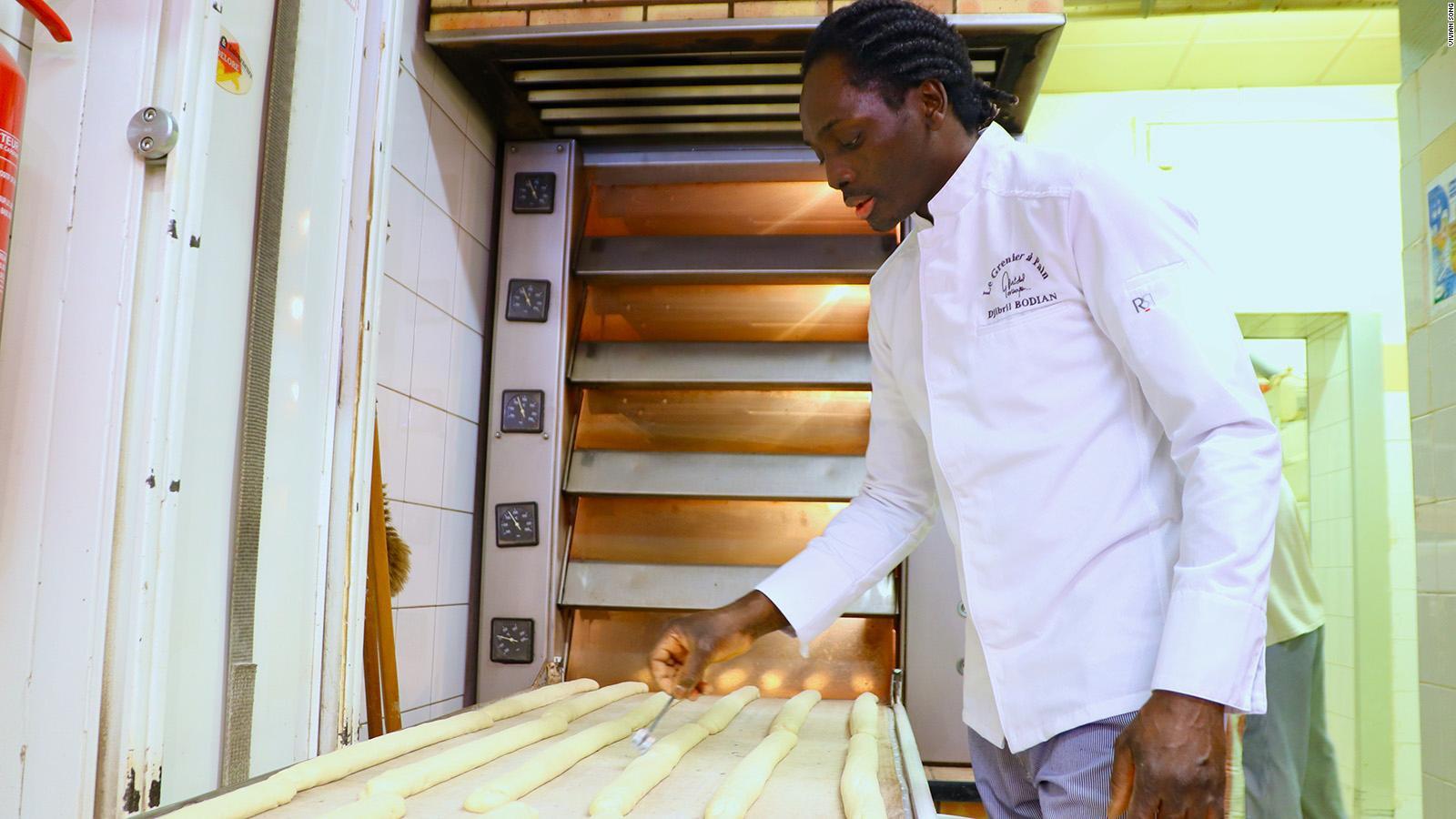 Bí mật món bánh mì gây nghiện ở Pháp - 2
